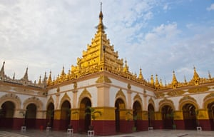 The many-tiered pagoda of the Mahamuni temple, built by King Bodawpaya in 1784.