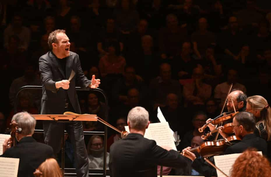 Lars Vogt conducts the Royal Northern Sinfonia at the Beethoven Weekender.