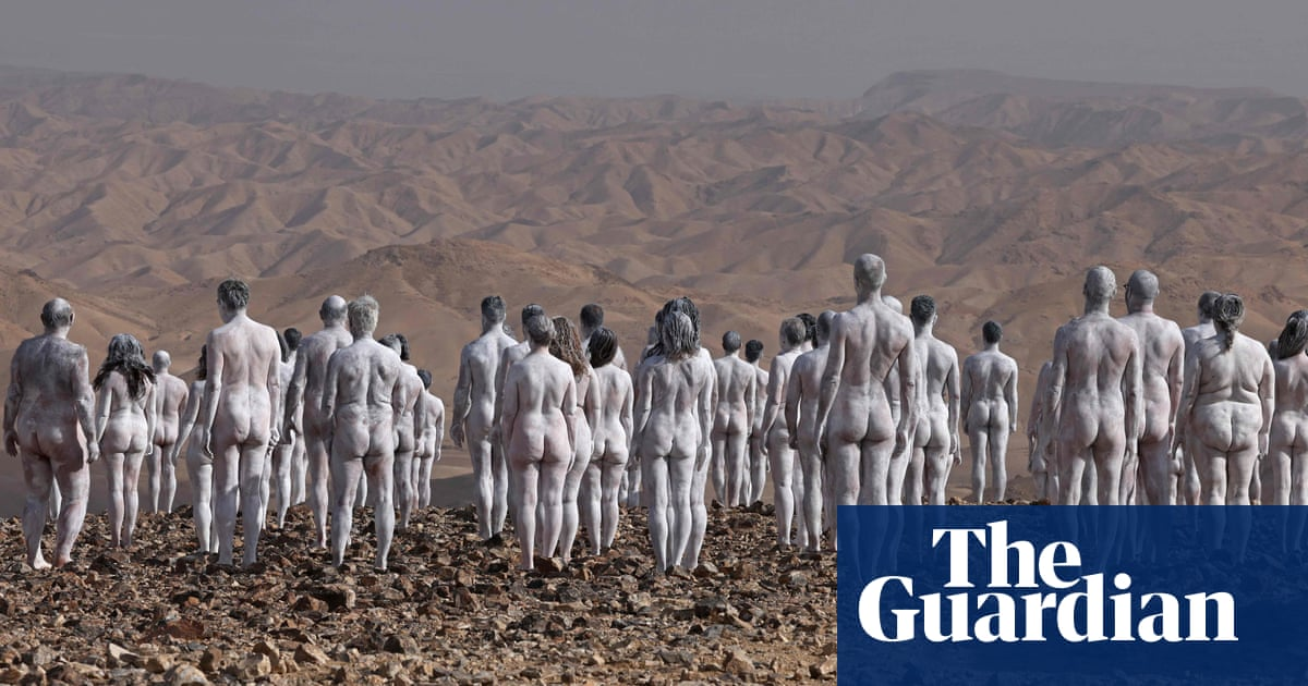 'It feels really natural': hundreds pose nude for Spencer Tunick shoot near Dead Sea
