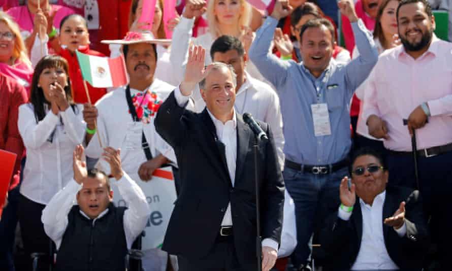 José Antonio Meade waves to supporters
