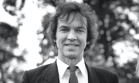 Alister Warman in 1989, during his directorship of the Serpentine Gallery. He believed that the quality of the strongest artists stemmed from waywardness and conviction.