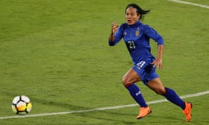 Kanjana Sungngoen has a decade of experience with the Thai national side