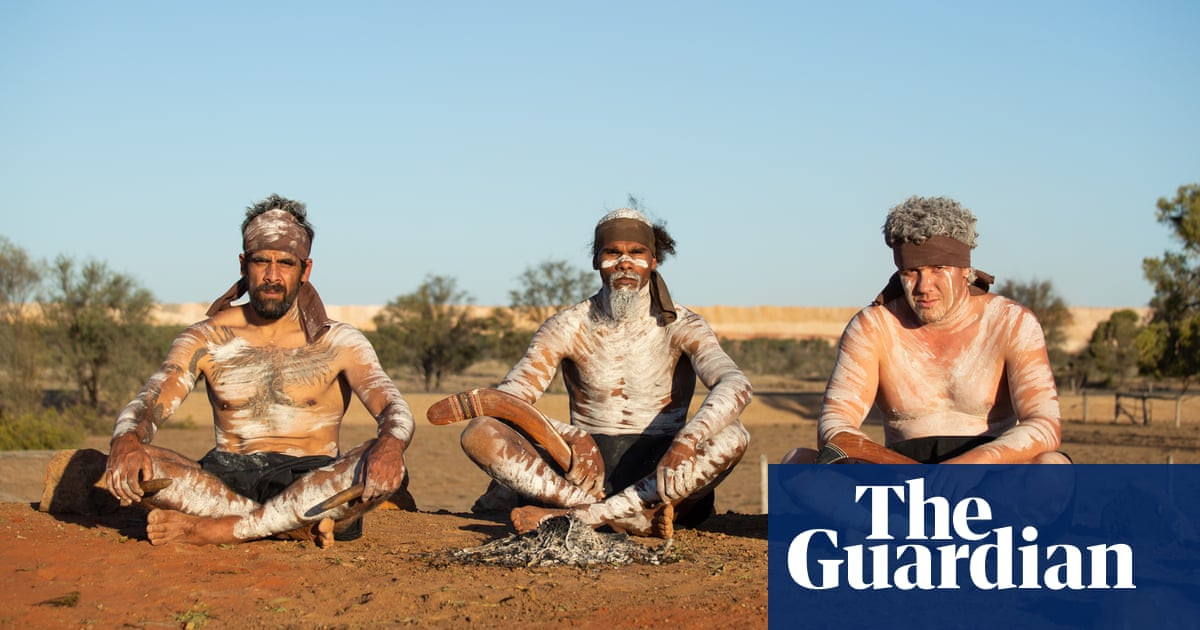 Queensland police refuse to remove traditional owners occupying Adani's coalmine site