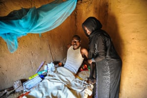 Nasrudin Omar Bahar is paralysed from the waist down following a gold mining accident in Tibesti