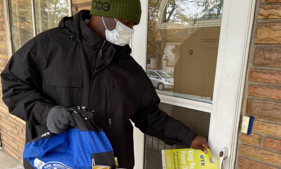 Eddie Dillard, 62, is part of an NAACP effort to aggressively canvas the city.