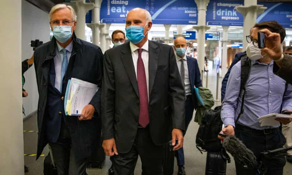 Barnier and João Vale de Almeida, the EU ambassador to the UK, arrives by Eurostar in London, 9 September