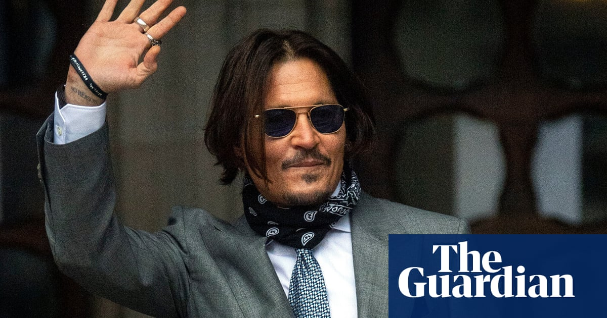 Johnny Depp did not retaliate to abuse from Amber Heard, court told
