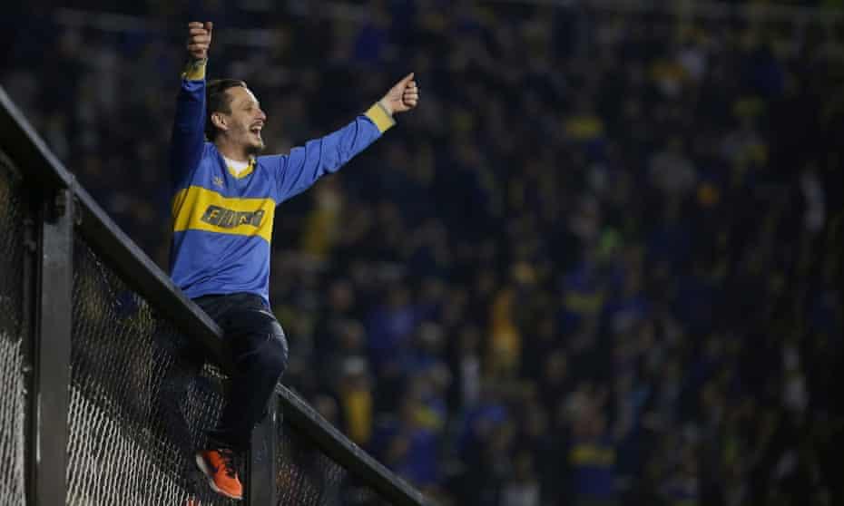 A Boca Juniors fan welcomes Palmeiras to La Bombonera.