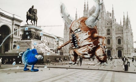 Poliwhirl and Pinsir during a Pokémon battle in front of Milan Cathedral