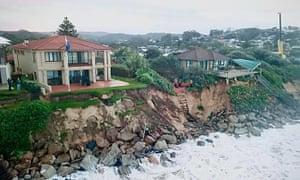 Houses on Ocean Drive in Wamberal