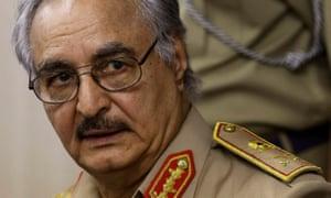 Khalifa Haftar将军在2014年。