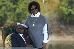 2018Robert Mugabe, left, and his wife Grace at their residence in Harare