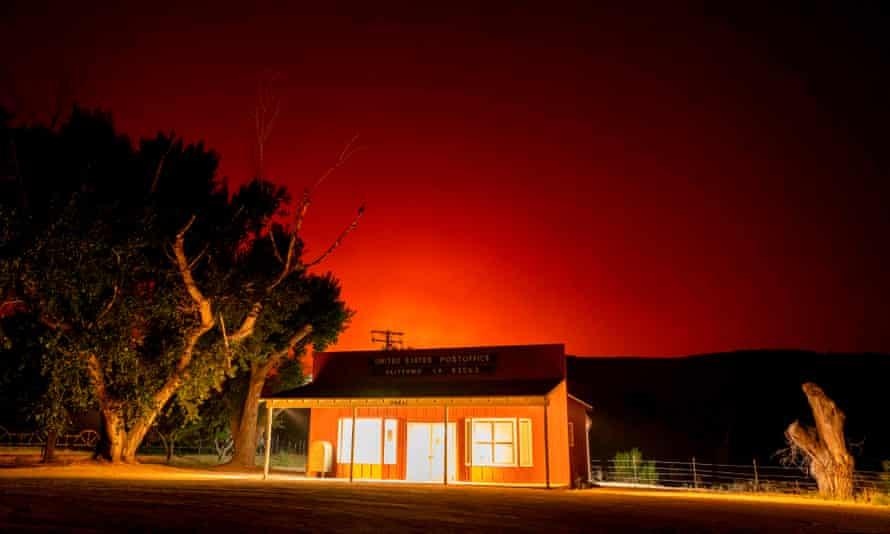 The Bobcat fire burns above the Valyermo, California, post office on Thursday.