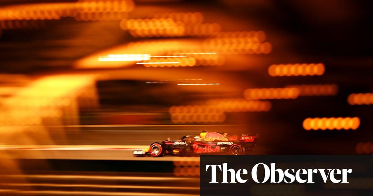 Max Verstappen lays down early marker and beats Hamilton to Bahrain F1 pole