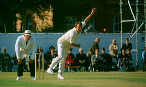 Don Shepherd bowling for Glamorgan against Hampshire in 1970