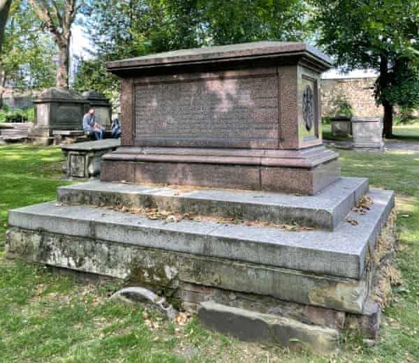 The Rhodes family tomb in the cemetery of Old St Pancras church