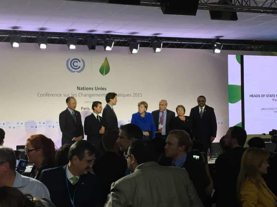 Six heads of state join the heads of the World Bank and OECD to advocate for smart carbon pricing, on the first day of the COP21.