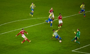 Middlesbrough's Cristhian Stuani goes close to extending their lead but his shot goes just wide.