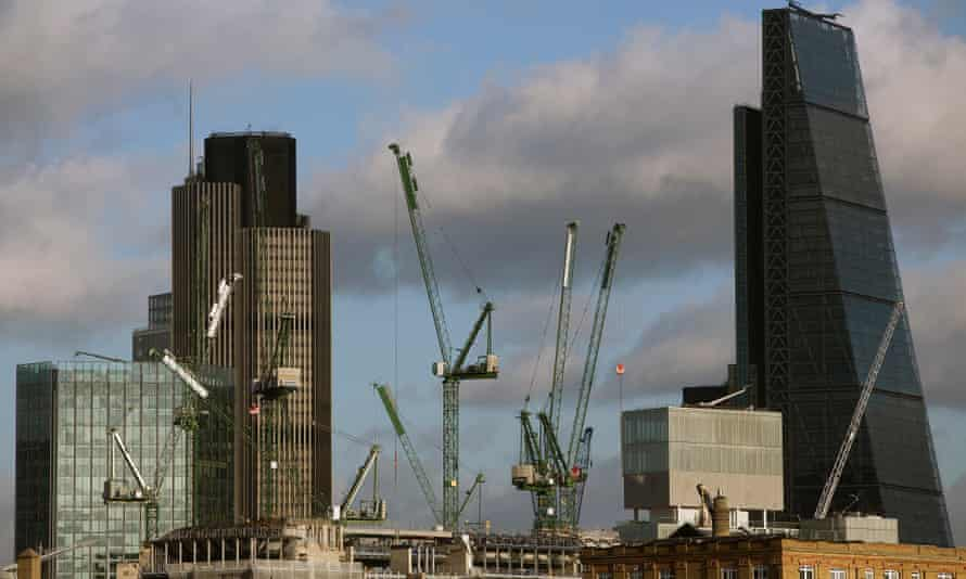 Cranes in the City of London