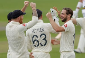 Chris Woakes celebrates a wicket against Pakistan.