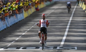 Thomas De Gendt finishes in front of Thibaut Pinot and Julian Alaphilippe.