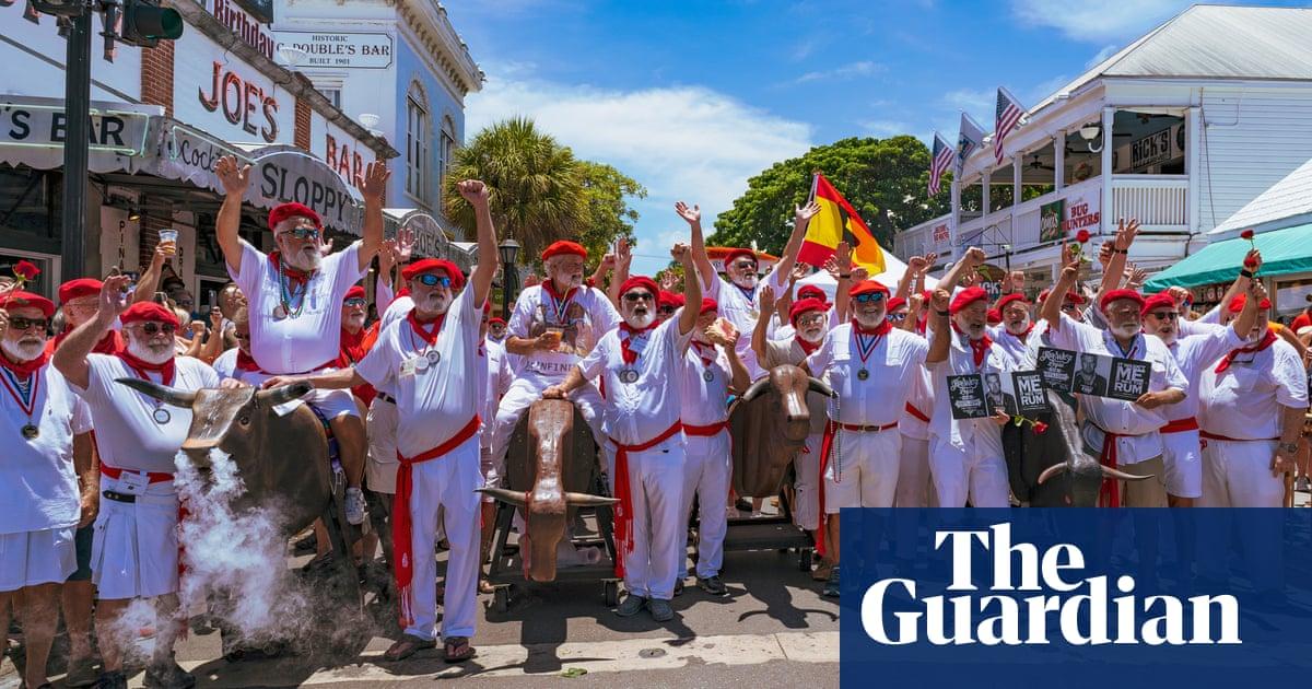Hemingway 'wannabes' celebrate author with lookalike contest