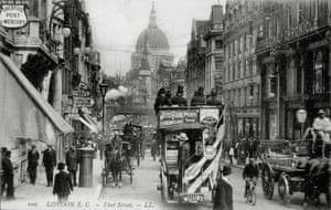 A busy scene circa 1900 looking down towards Ludgate and St Paul's. The proximity of the law courts on the Strand and the Old Bailey made Fleet Street a natural hub for news publishers