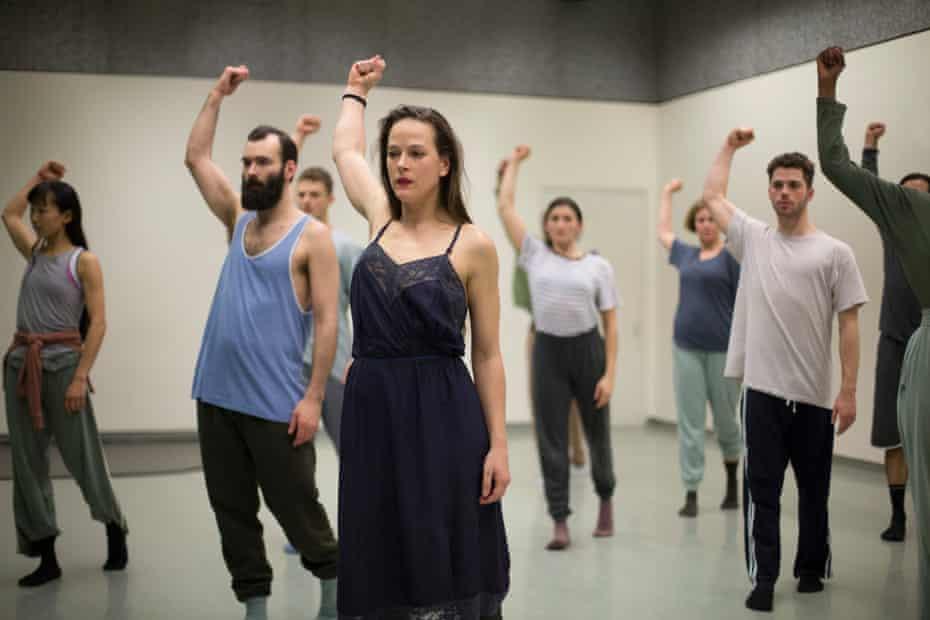 Bobbi Jene Smith leads dancers in Mari.
