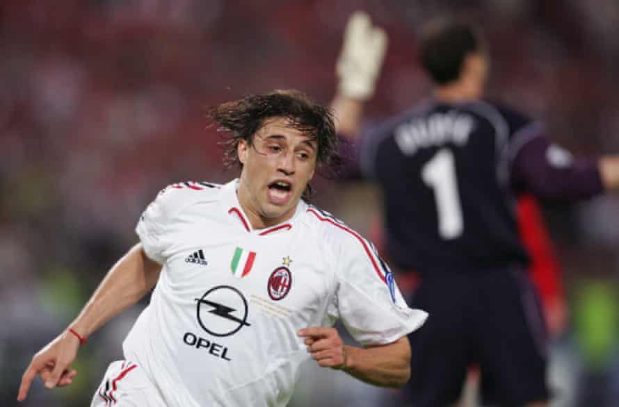 Crespo celebrates after putting Milan