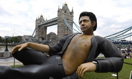 Statue of US actor Jeff Goldblum in London