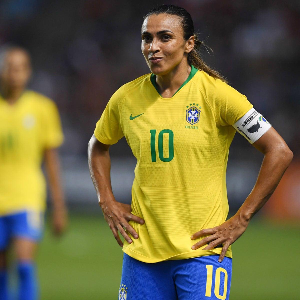 Ladies football brazilian China, Brazil