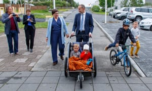 Johannesson on his way to vote in the Icelandic presidential elections