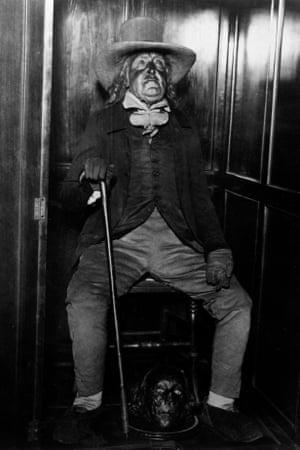 Jeremy Bentham's remains at University College London, c.1950.