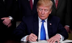 Trump announces intellectual property tariffs on goods from China at the White House on 22 March.