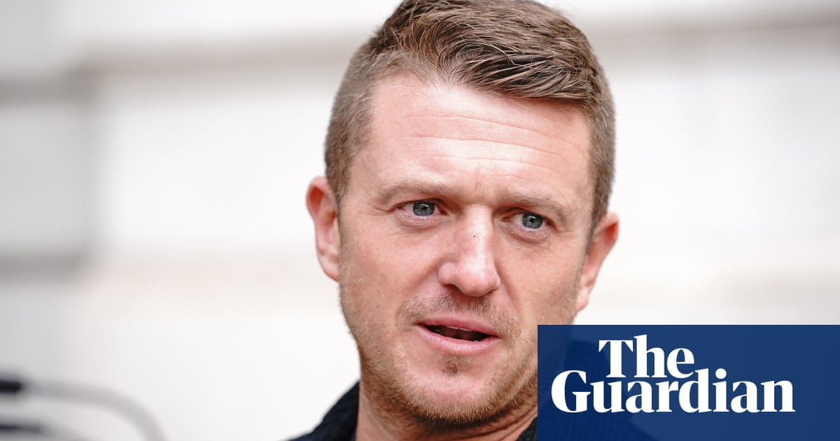 Tommy Robinson gets five-year stalking order after harassing journalist