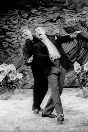 Stephen Moore and Albert Finney in Harwood's play Reflected Glory at the Vaudeville theatre, directed by Elijah Moshinsky, in 1992.