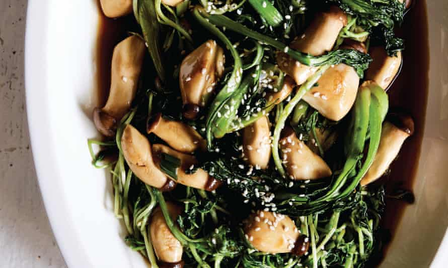 Stir-fried watercress and baby tatsoi with baby king mushrooms