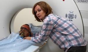 Dr Svetlana Pankova with the head as it is scanned in St Petersburg.