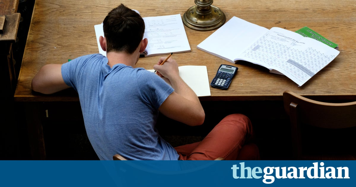 Wrong A-level choices prevent poorer students gaining elite university places