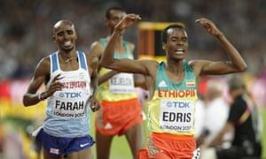 Ethiopia's Muktar Edris wins the men's 5,000m ahead of Mo Farah.
