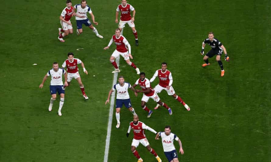 Arsenal were undone by two breakaway goals from Tottenham, playing right into José Mourinho's hands.