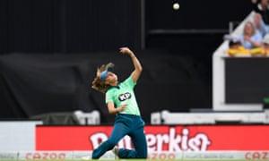 Tash Farrant of Oval Invincibles celebrates catching Erin Burns of Birmingham Phoenix