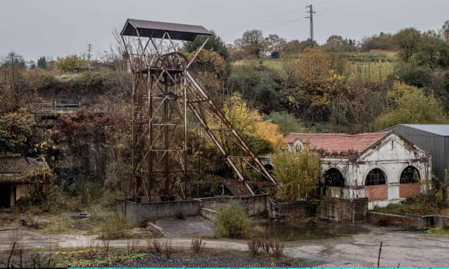 Most of Spain's coal mines will be closed as the Pozo La Muerte in Pumarabule was in 2005.