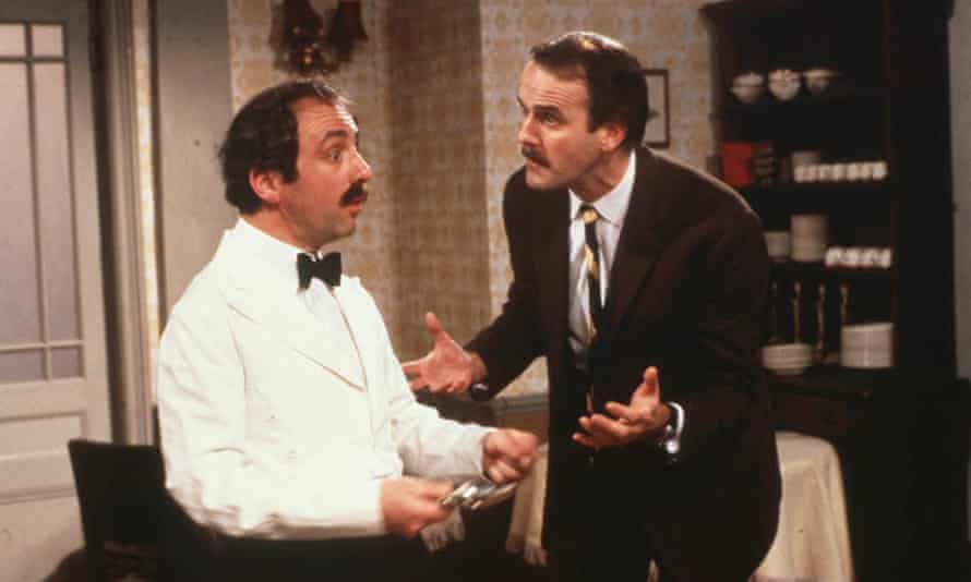 Andrew Sachs as Manuel and John Cleese as Basil in BBC's Fawlty Towers