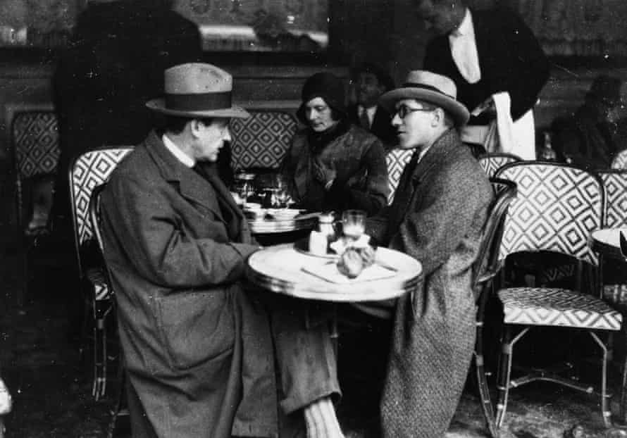 Walter Gropius, his wife and Le Corbusier in Paris, 1923.