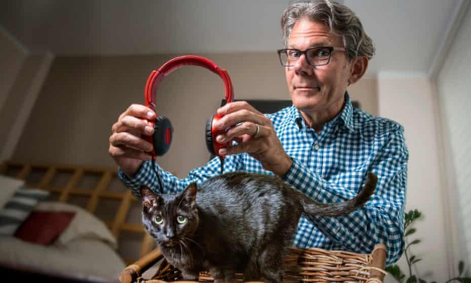 David Teie and a cat