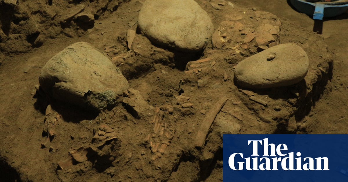 'Genetic fossil': intact DNA from woman who lived 7,200 years ago discovered in Indonesia