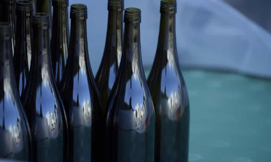 Mainland China is responsible for 39% of the total export value of Australian wine.