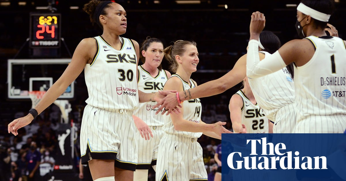 Copper and Quigley lead Sky past Mercury in Game 1 of WNBA finals
