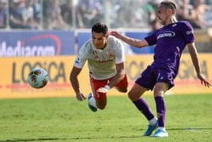 Fiorentina's Franck Ribery tackles Cristiano Ronaldo during the goalless draw with Juventus.